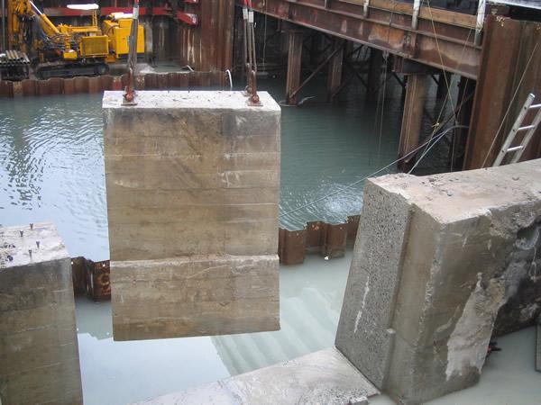 志々水跨線橋工事